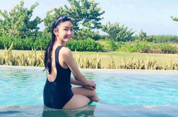 Con gái 14 tuổi cao 1m70 xinh như hoa hậu của MC Quyền Linh - xs thứ tư