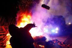 Coronavirus: Ukraine protesters attack buses carrying China evacuees