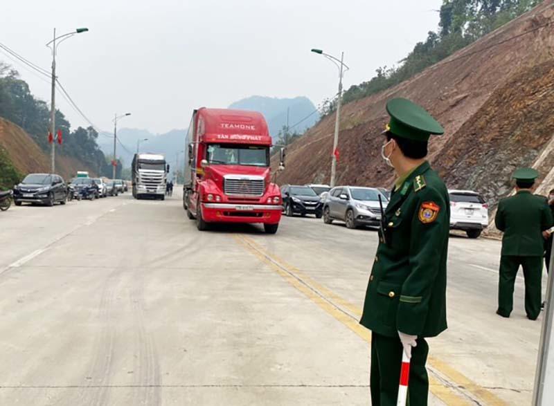 Mở cửa khẩu Chi Ma, hàng ngàn tấn trái cây sang Trung Quốc mỗi ngày