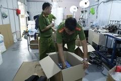 Phát hiện cơ sở sản xuất hàng chục nghìn khẩu trang giả ở Bình Dương