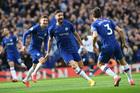 Chelsea hạ gục Tottenham, Lampard cao tay hơn Mourinho