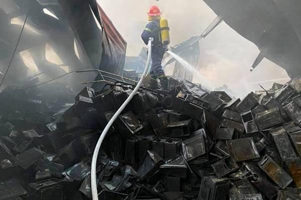 Cháy lớn 2 công ty sát nhau ở Hải Dương, 10 tỷ thiết bị máy tính thành tro