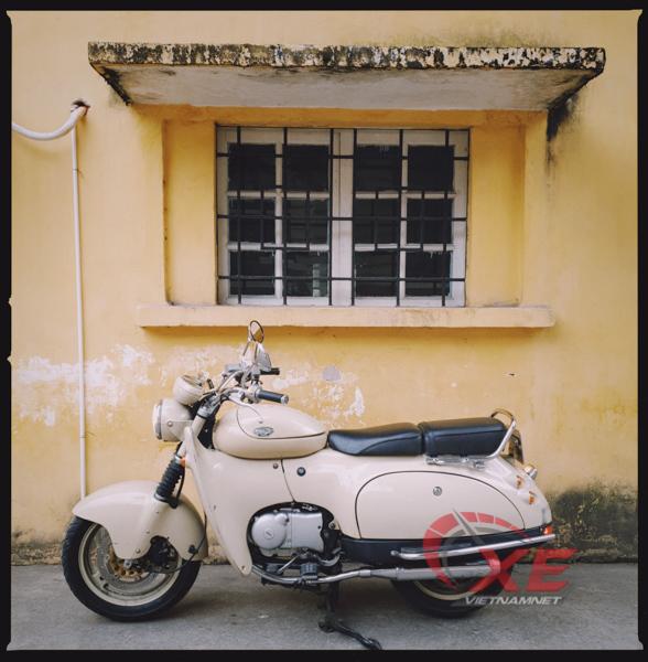 Dân chơi Hà Nội săn xe máy Nhật 28 năm tuổi đẹp như mới