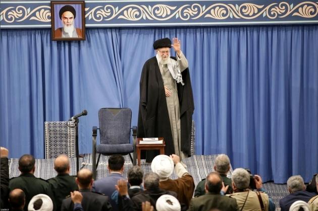 """Lượng người bầu cử thấp, Iran đổ lỗi cho """"tuyên truyền tiêu cực"""" về Covid-19"""