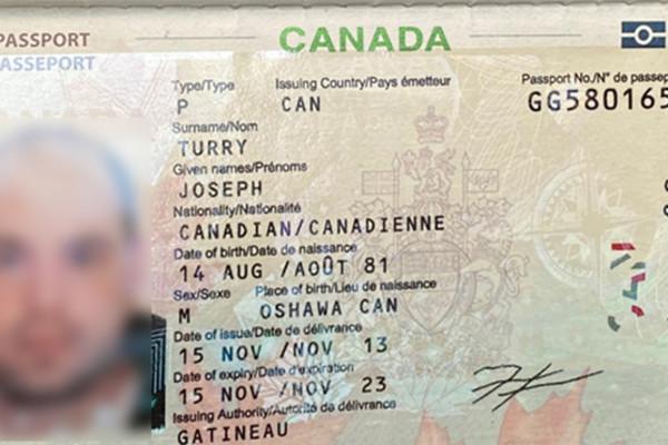 Du khách Canada tử vong trên vỉa hè phố cổ Hà Nội