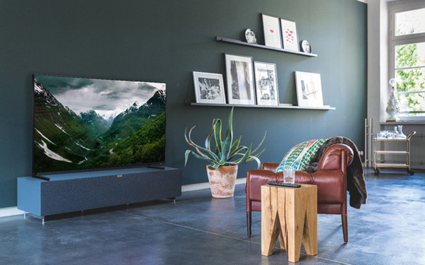 'Lột xác' phòng khách với mẫu QLED TV 8K đầu tiên trên thế giới