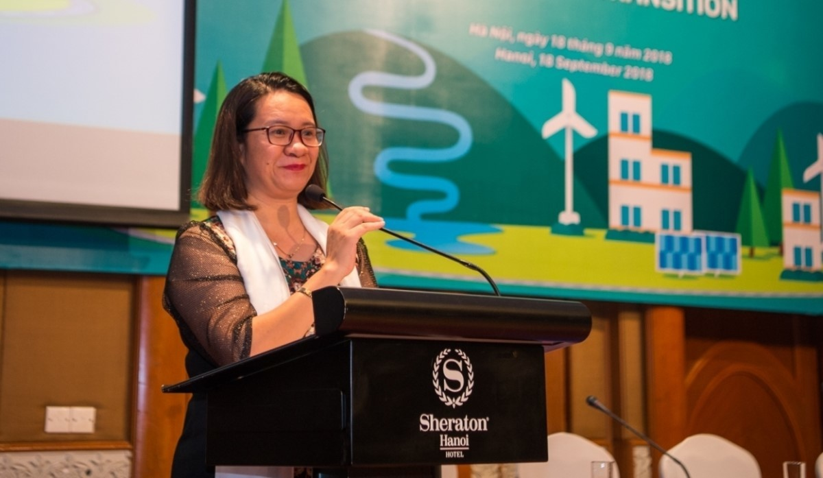 'Environment hero' Nguy Thi Khanh receives US$2 million award