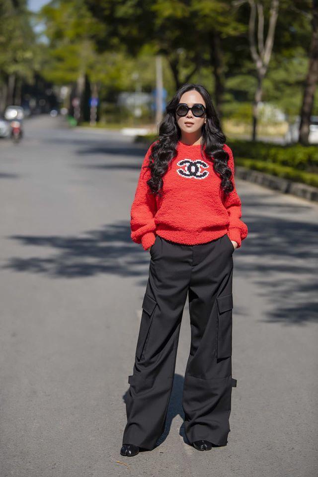 Phượng Chanel trẻ, sành điệu hơn kể từ khi yêu Quách Ngọc Ngoan