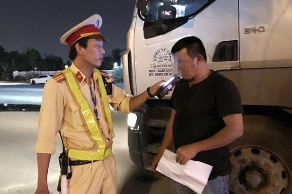 Luật giao thông đường bộ,xử phạt vi phạm giao thông 2020