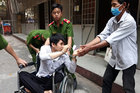 Tên trộm ở Sài Gòn trả tài sản cho nạn nhân vì cắn rứt lương tâm