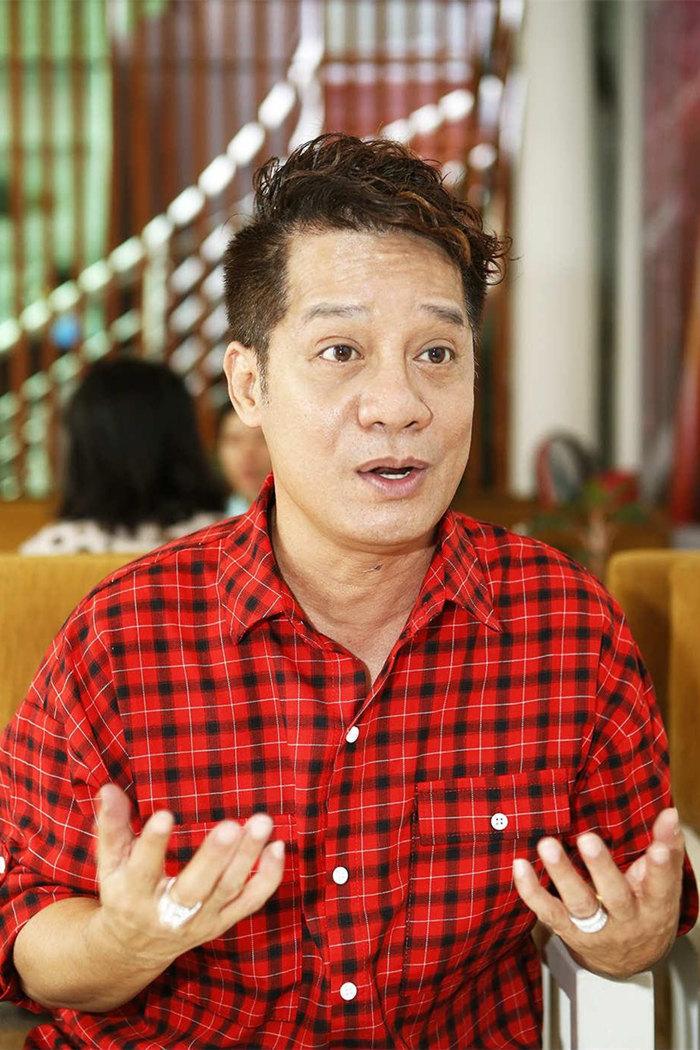 Hồng Vân, Mỹ Uyên nói gì về việc đóng cửa các sân khấu kịch TP. HCM?