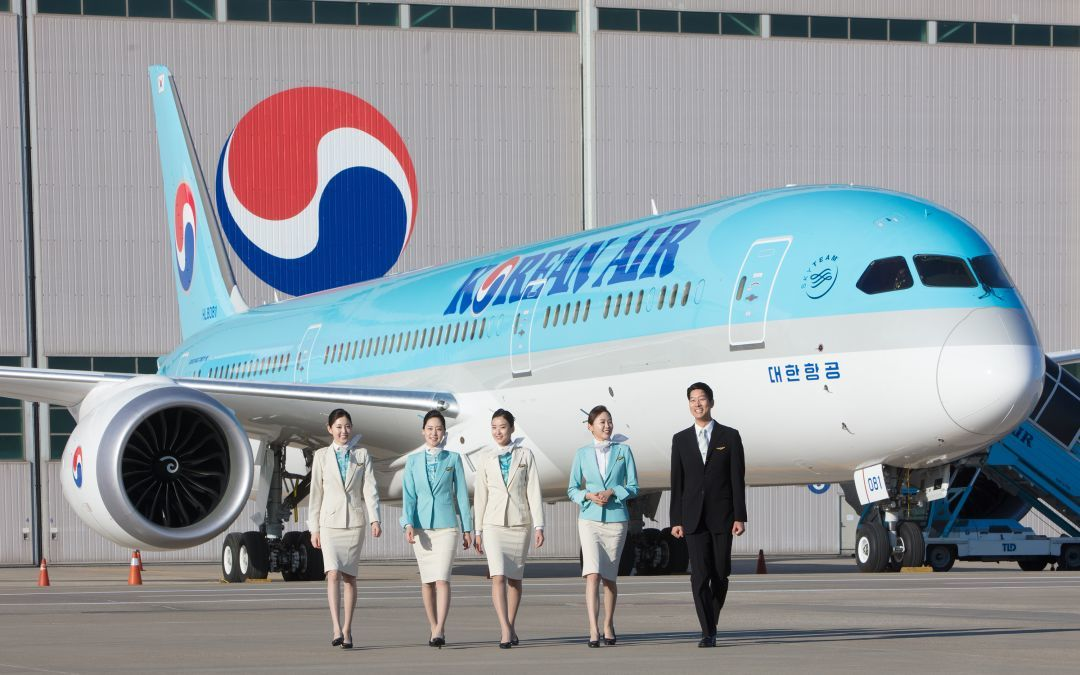 Tiếp viên hãng hàng không Korean Air nhiễm Covid-19