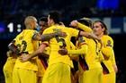Messi im tiếng, Barcelona thoát thua Napoli