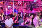 Tụ điểm ăn chơi bậc nhất Pattaya lúc 0h