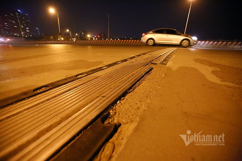 Hà Nội rào đường 1 tháng để sửa cầu Vĩnh Tuy