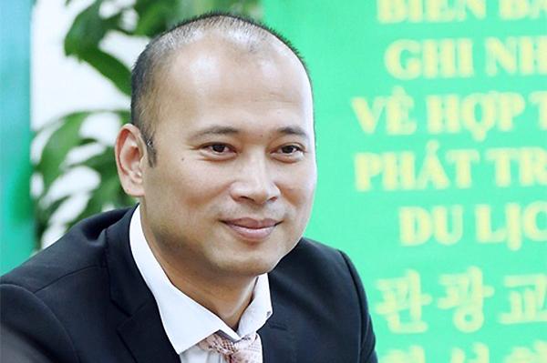 MC Long Vũ xin rút lui khỏi vị trí sếp lớn