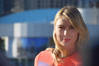 """""""Búp bê"""" Sharapova nghỉ hưu ở tuổi 32"""
