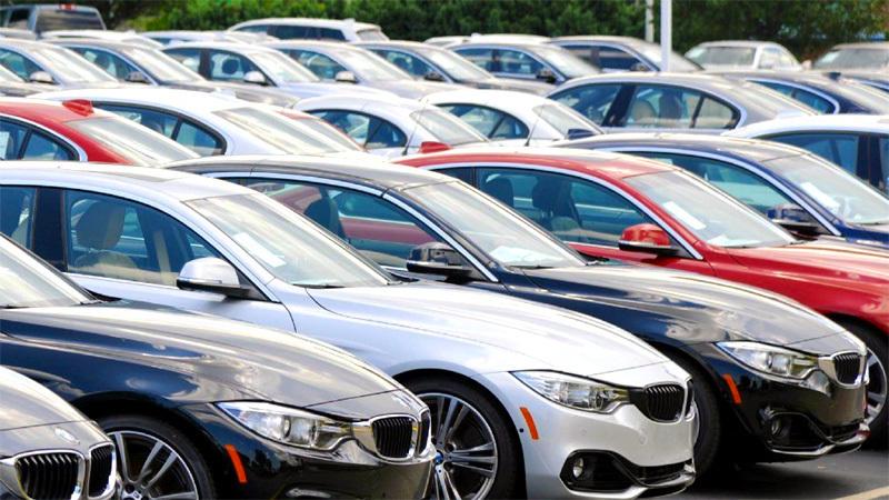 Ô tô tồn kho giảm trăm triệu nhưng không dễ mua