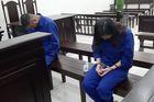 Cặp đôi lừa đảo tung hứng khiến nhiều người sập bẫy