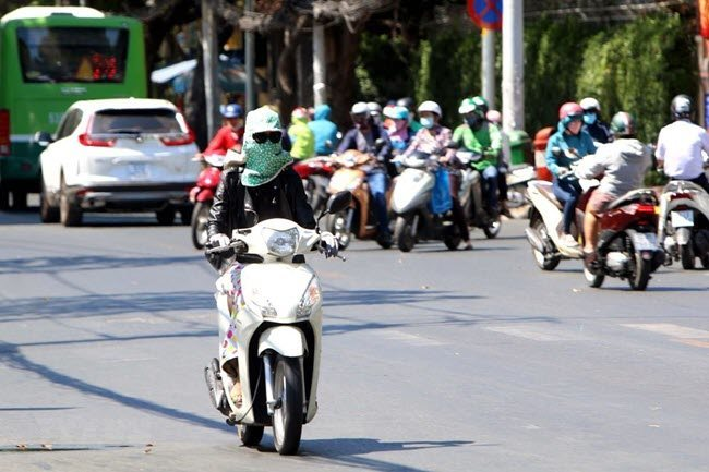 Hot weather to peak in HCMC