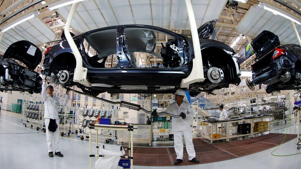 40 năm 'chăm nuôi', công nghiệp ô tô vẫn lụi tàn