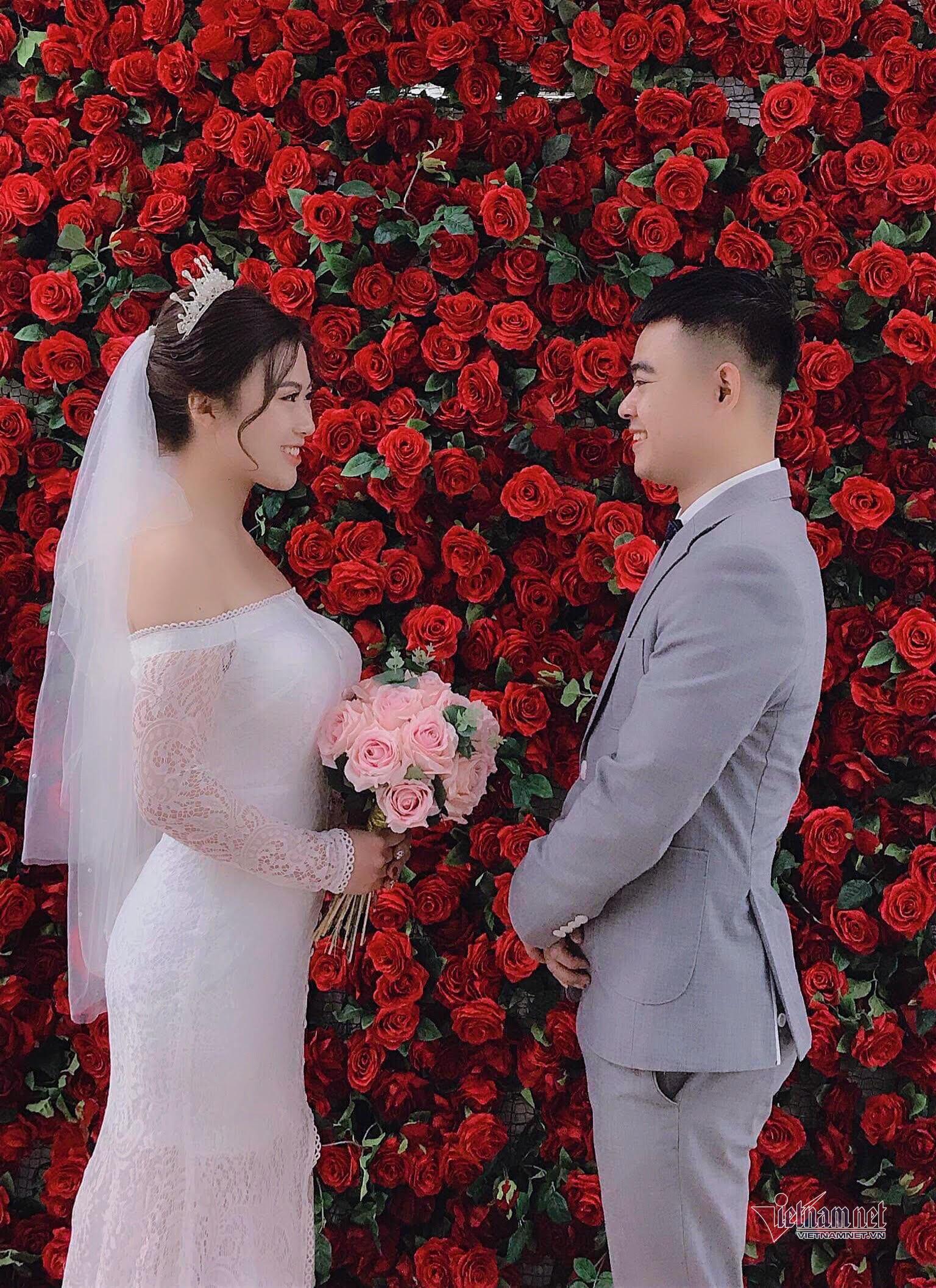 Thiếu úy công an hoãn đám cưới để nhận nhiệm vụ ở bệnh viện tâm dịch Covid-19