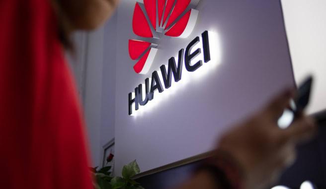 Thượng viện Mỹ chính thức thông qua dự luật cấm mua sắm thiết bị của Huawei