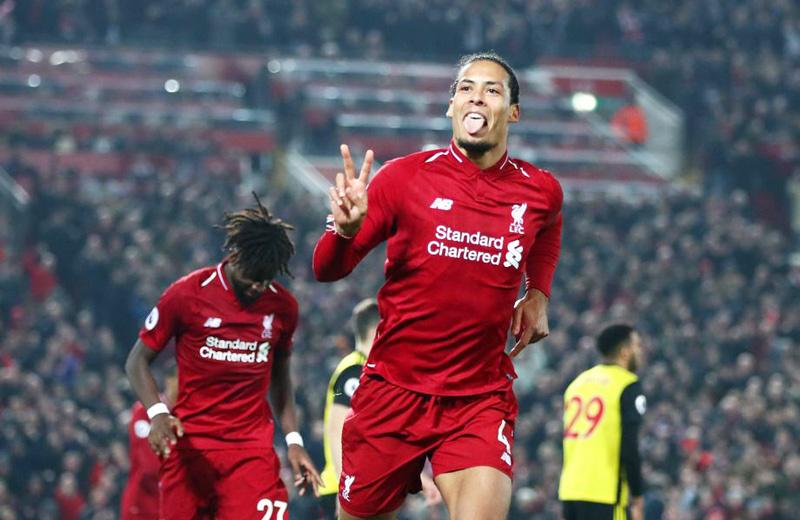 Liverpool tăng lương cao chót vót giữ chân Van Dijk