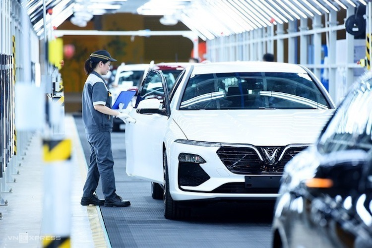 Automobile industry stimulus policies proposed