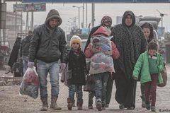 Thổ tuyên bố 'mở cổng', người tị nạn ùn ùn kéo sang châu Âu