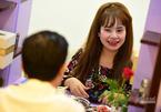 Lẩu 'hẹn hò' giúp người trẻ thoát ế đắt khách ở Sài Gòn