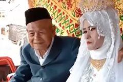 Cụ ông 100 tuổi kết hôn với thiếu nữ 20