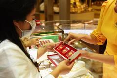 Giá vàng hôm nay 28/3: Cuộc đua bung tiền, vàng chứng tỏ giá trị