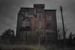 Bí ẩn bên trong những ngôi nhà bị ma ám rùng rợn nhất thế giới