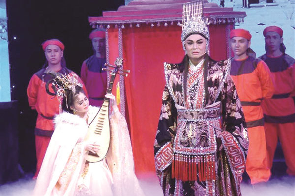 Project preserves cai luong with new plays