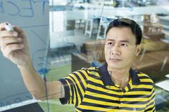 Vietnam urged to develop digital platforms of its own