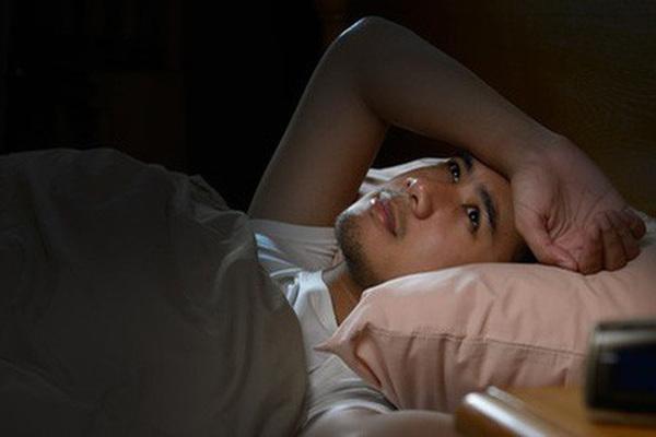 5 dấu hiệu khi ngủ ở nam giới báo hiệu tuổi thọ đang ngắn lại
