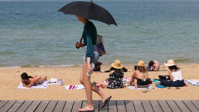 Climate change: Australian summers 'twice as long as winters'