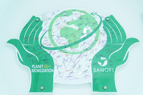 Nhà máy dược phẩm Sanofi cam kết giảm thiểu rác thải nhựa