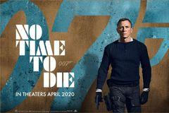 Fan viết thư xin hoãn chiếu phim mới về điệp viên 007