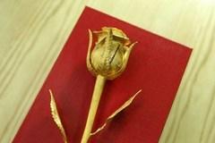 Những món quà ý nghĩa nên tặng bạn gái ngày 8/3