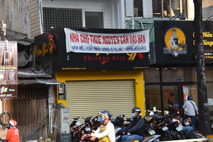 HCM City: Retail premises rent declines as beer shops shut down
