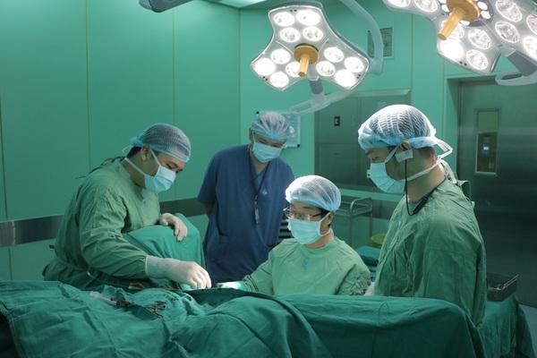 Căn bệnh khiến 10 người Việt có 1 người đi tiểu không kiểm soát