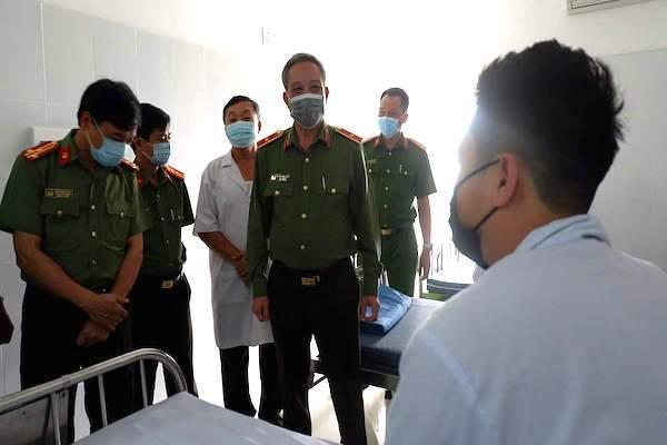 12 công an Đà Nẵng ra viện sau cách ly do tiếp xúc gián tiếp với người Hàn Quốc