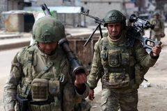 Thổi bùng xung đột ở Syria, Thổ Nhĩ Kỳ tự đẩy mình vào thảm họa?