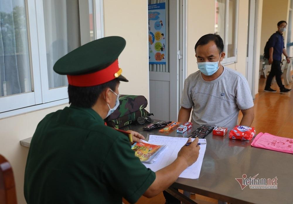 Quy trình cách ly 550 người từ vùng dịch Covid-19 về doanh trại quân đội