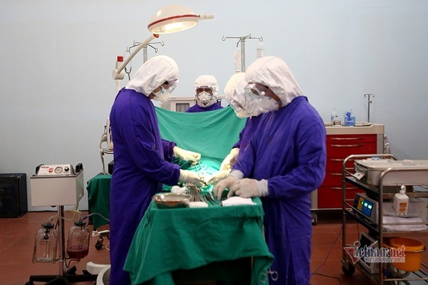 Ca khó nhất trong bệnh viện dã chiến giả định 30 nghìn người mắc Covid-19
