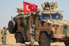Thổ sa lầy ở Syria, Mỹ hứa cung cấp vũ khí, đạn dược cứu nguy