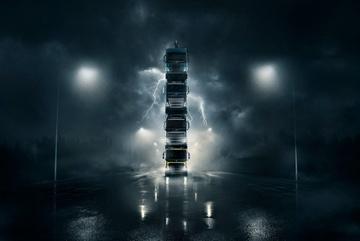 Volvo chồng 4 xe tải lên nhau chạy trên đường