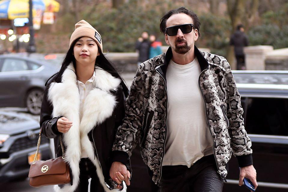 Diễn viên Nicolas Cage hẹn hò bạn gái kém 30 tuổi sau khi ly hôn lần 4